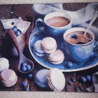 """Картина """"Ароматный кофе с десертом"""" выполнена в стиле алмазной выкладки"""