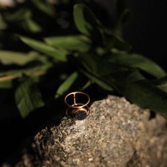 Двойное кольцо с черной друзой