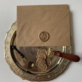 Конверт с крафтовой бумаги