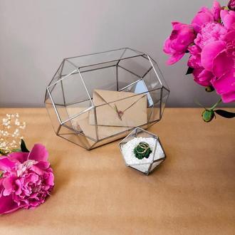 Шкатулка для колец и сундук для конвертов. Шкатулка для обручок і скриня для конвертів.