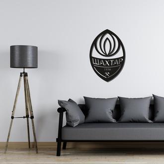 Деревянная эмблема футбольного клуба «Шахтер»