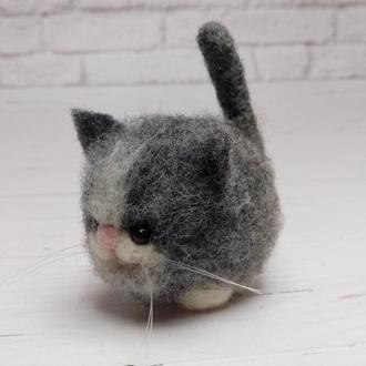 Сірий кіт. Іграшка кіт. Фігурка сірий кіт. Сіре кошеня. Копія сірого кота. Копія вихованця
