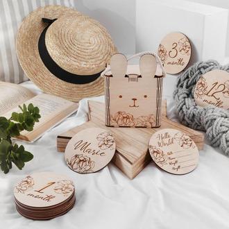 Подарок новорожденному. Подарок беременной. Деревянные таблички для фото малышей до года.
