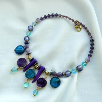 Массивное колье , колье с друзой , бирюзово-фиолетовое колье чокер с натуральными камнями