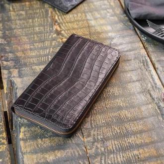 Клатч-кошелек из кожи крокодила