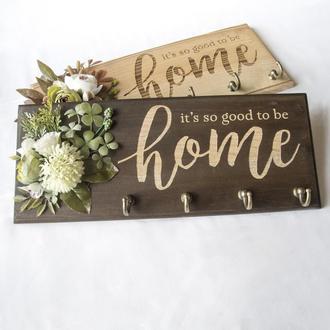 Ключница из дерева HOME Should Buy Wood с цветочной композицией 13х32 см Коричневая