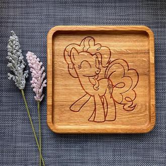 """Тарелка """"My little pony"""" из дуба с гравировкой 21"""