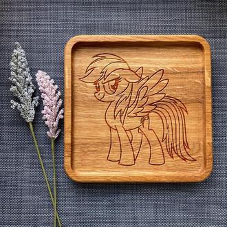 """Тарелка """"My little pony"""" из дуба с гравировкой 22"""