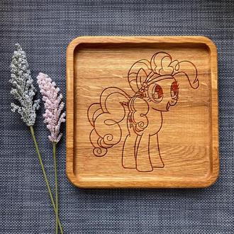 """Тарелка """"My little pony"""" из дуба с гравировкой 24"""
