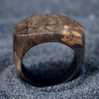 Перстень из дерева унисекс