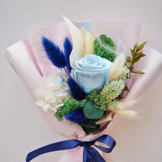 """Букет с стабилизированной розой """"Blue Rose""""."""