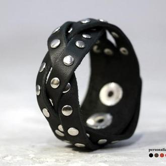Кожаный браслет косичкой с заклепками, код 4643
