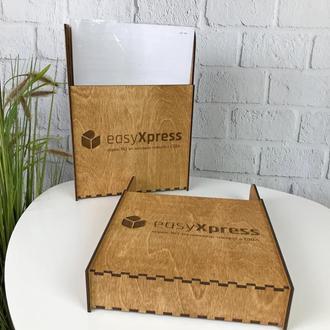 Деревянный уголок потребителя с логотипом на заказ