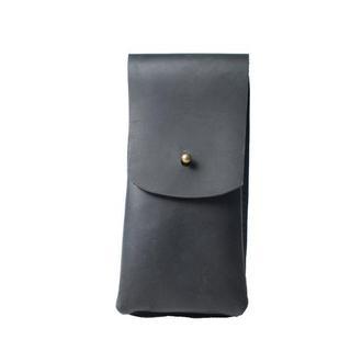 Кожаный чехол для очков на кобурной застежке. 02004/черный