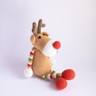 Вязаная игрушка рождественский олень. Подарок на рождество. Подарок ребенку. Игрушка
