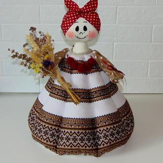 Баба-грелка для чайника из вышитой ткани коричневая