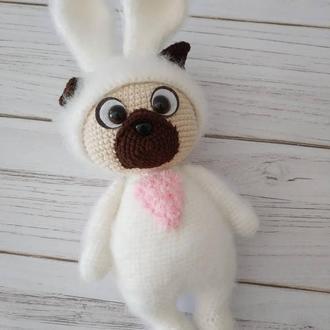 Мопсик в костюме кролика