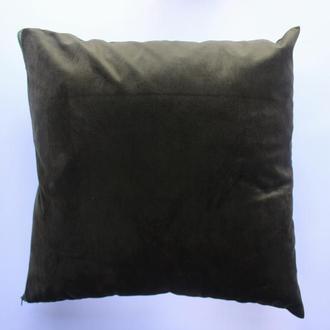 Велюровая наволочка болотного цвета для декоративной подушки