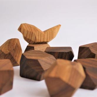 Туми-иши с птичкой ТУМИ ИШИ Гора камней Тумі-іши Tumi ishi Балансир Башня из ореха