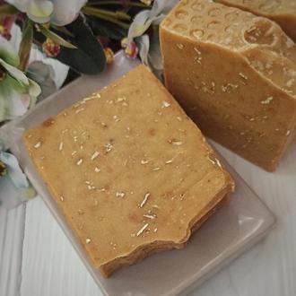 Мыло медовое на козьем молоке с молотой овсянкой