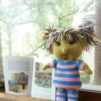 Вязаная куколка Фиона