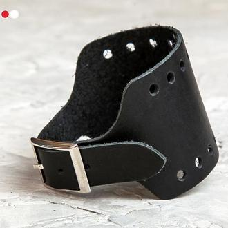 Черный перфорированный широкий  кожаный браслет код 6315