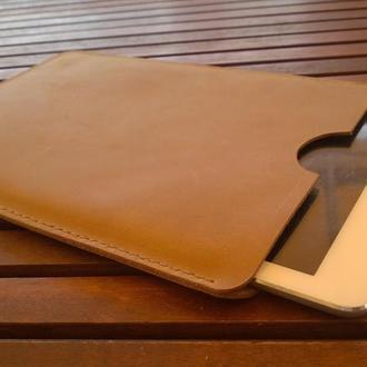 Чехол на планшет из натуральной кожи. ipad.