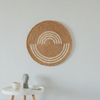 Круглое панно из рафии с абстрактным рисунком, стиль бохо