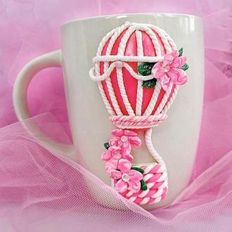 Чашка с декором из полимерной глины. Воздушный шар
