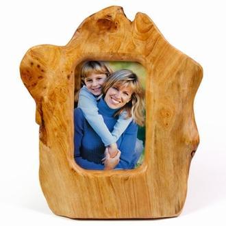 Фоторамка деревянная резная