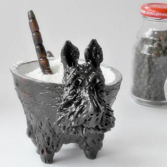 Солонка терьер чёрный с ложечкой сільничка авторська