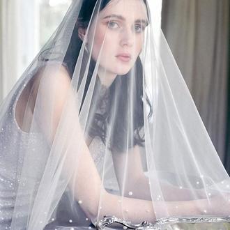Свадебная фата с жемчугом