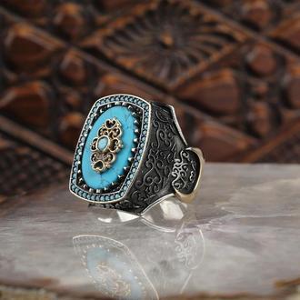 Мужское кольцо с камнем бирюза гравировка тиснение