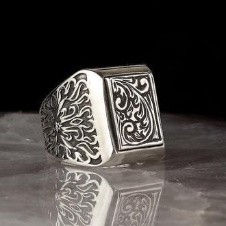 Перстень гравированный мужской серебро натуральный оригинальный