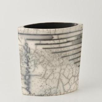 """Большая черно - белая керамическая ваза """"Raku"""" ,16 см высота,арт.№59"""