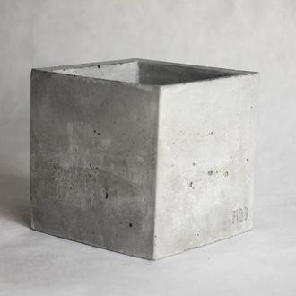 Горщик з бетону (бетонное кашпо)