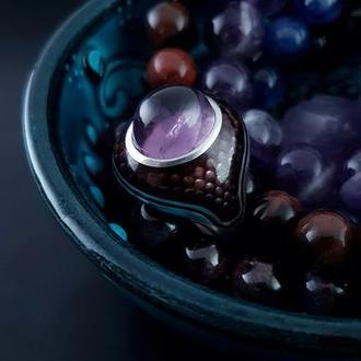 Серебряное кольцо с горячей эмалью и натуральным камнем Аметист