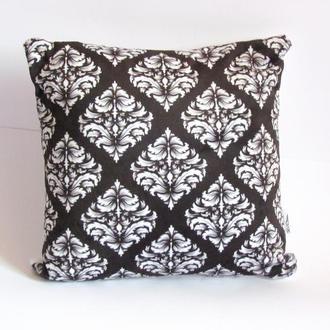 Эксклюзивная декоративная подушка для интерьера Барокко черно-белая