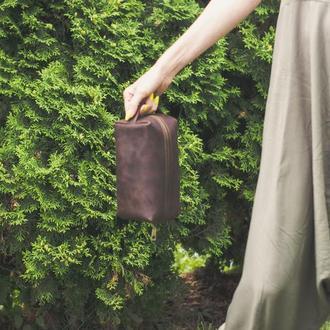 Кожаная косметичка коричневая. Большая мужская косметичка пенал из кожи. Несессер для путешествий
