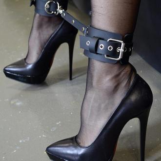 Наручники, кожаные наручники, наручники для секса, наручники BDSM