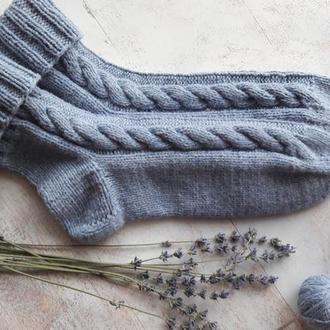 Женские шерстяные носки . Вязаные носки с косами.