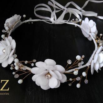 Белый венок на голову цветы кристаллы стразы хрусталь