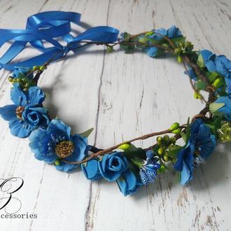 Синий венок на голову с цветами