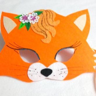 Маска маленькой лисички с цветочками