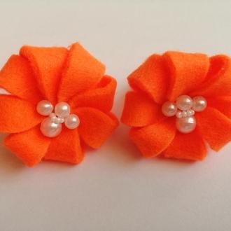 Резинка для волос оранжевая цветок