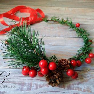 Рождественский красный венок на голову с ягодами и шишками украшение на голову для фотосессии