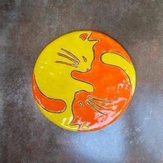 Тарелка Котики оранжево-желтая