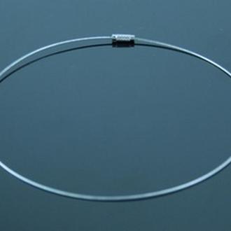 Шнурок нательный струна серебристый