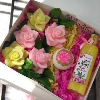"""Подарочный набор  натуральной косметики для ванн  """"Цвет настроения Персик"""""""