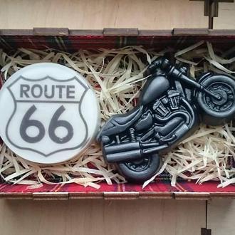 Ароматное мыло в деревянной коробке (Route 66 и байк чоппер)
